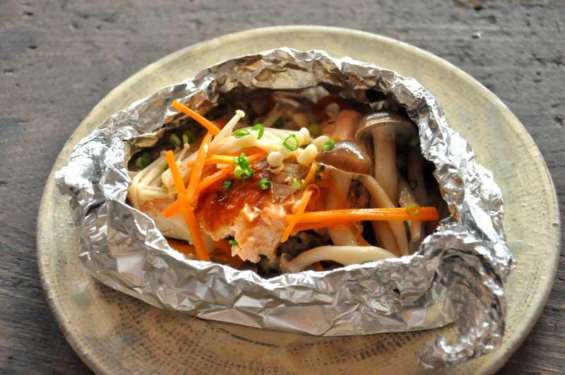 フライパンやグリルで簡単調理!お魚のホイル焼きレシピ!!のサムネイル画像