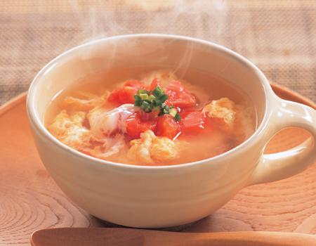 ほっこり美味しい♪トマト卵スープのおすすめレシピと作り方をご紹介のサムネイル画像
