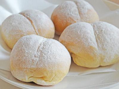 ハイジの白パンをお家で!ふわモチ白パンのおすすめレシピ5選のサムネイル画像