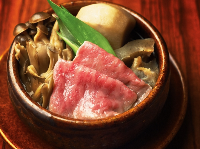 今日はいつもと違う味にしてみませんか?芋煮の作り方おすすめ5選のサムネイル画像