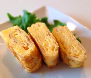 丸いフライパンでも玉子焼きは作れますよ!コツとレシピを紹介!のサムネイル画像