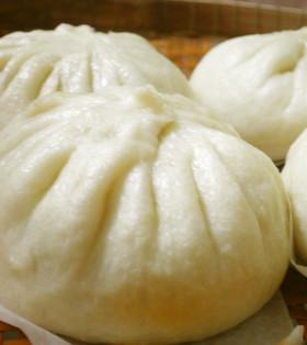 おうちでも簡単に美味しく作れます!人気の肉まんレシピ5選のサムネイル画像