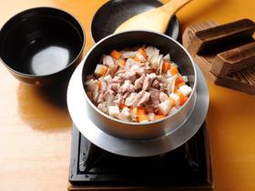 お家でお店の味が食べられる!釜飯の美味しい人気レシピはこれだ!のサムネイル画像