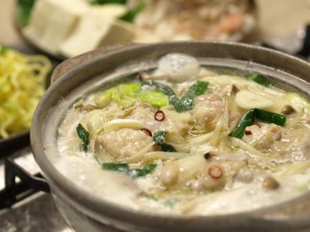 冬はあったかみんなで鍋を♪ホルモン鍋の美味しい人気レシピ!のサムネイル画像