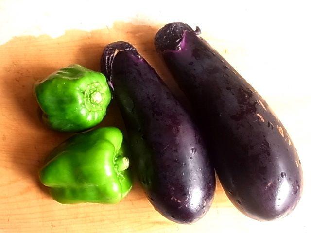 夏が旬の定番野菜!茄子とピーマンを使ったおすすめレシピ5選のサムネイル画像