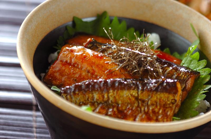 丸ごと使って骨元気♪カルシウム豊富!!さんま蒲焼缶詰の活用レシピ!!のサムネイル画像