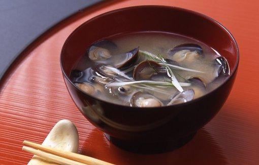 飲んだあとや次の日の朝食に!しじみ味噌汁の激ウマレシピ♪のサムネイル画像