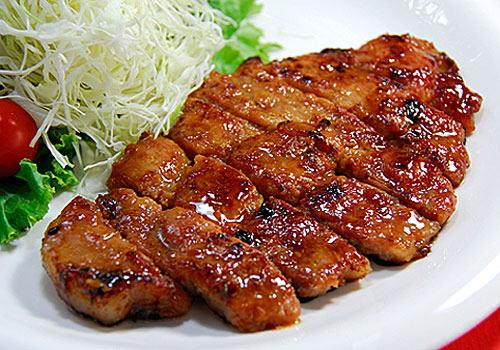 味噌の香りが香ばしい!豚の味噌漬けの絶品おすすめレシピ5選のサムネイル画像