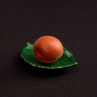 おやつだけじゃない!【カリカリ梅】を使った絶品レシピまとめのサムネイル画像