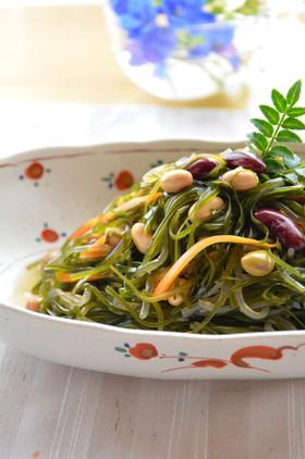 食感と旨味をもっと楽しむ♪「切り昆布」おすすめ活用レシピ6選のサムネイル画像