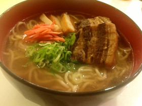 プロ顔負け!?「中華麺」を使った美味しい人気のレシピ5選!のサムネイル画像