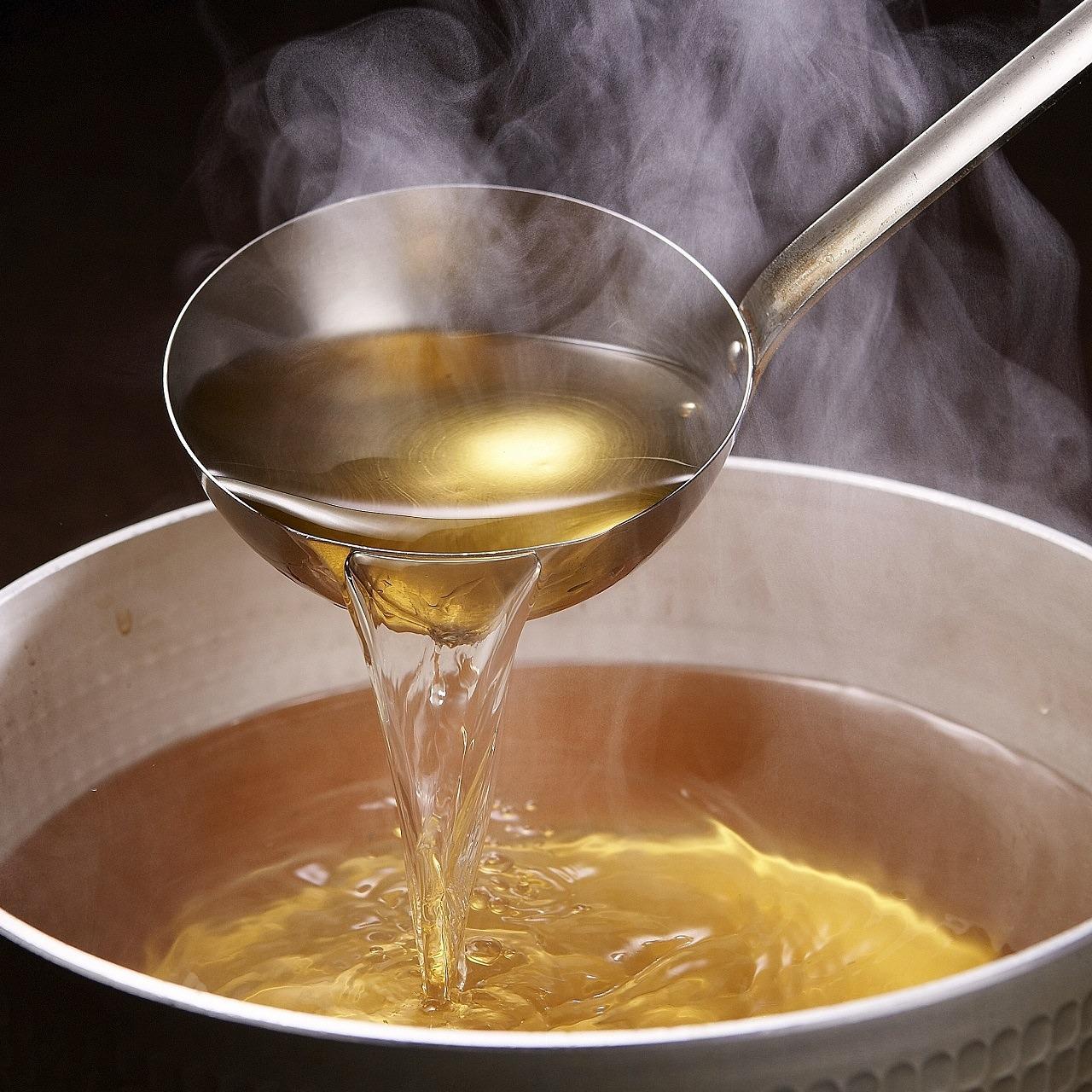和食の基本!料理の腕がぐんと上がる『出汁(だし)』のレシピのサムネイル画像