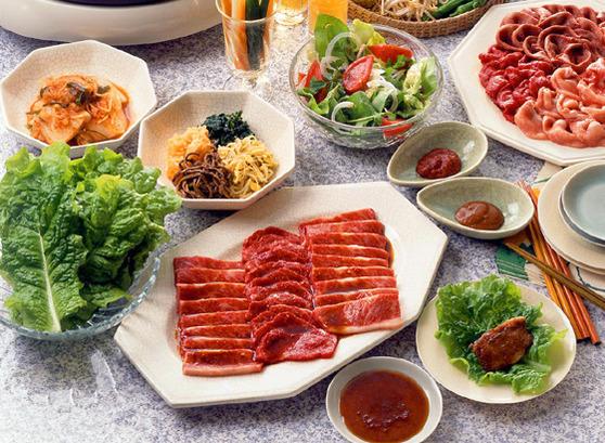 お店に負けない!?自宅で楽しめる簡単焼肉&副菜の人気レシピ!のサムネイル画像
