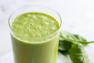 美容と健康に美味しく野菜を取れる「簡単スムージーレシピ」5選のサムネイル画像
