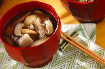 芋煮ってなに??芋煮の絶対作りたくなる美味しいレシピのご紹介のサムネイル画像