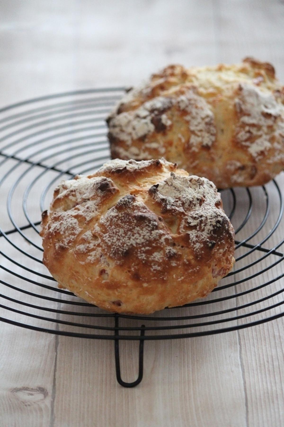初心者さんも安心!初めてでも簡単に作れるパンの作り方まとめ!のサムネイル画像