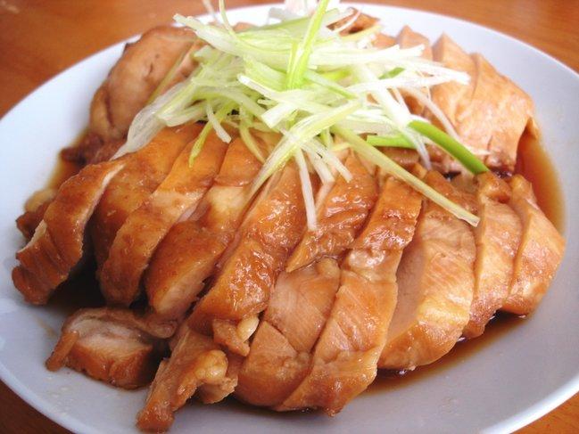 安い!低カロリー!鶏胸肉を使った人気1位の絶品レシピまとめのサムネイル画像