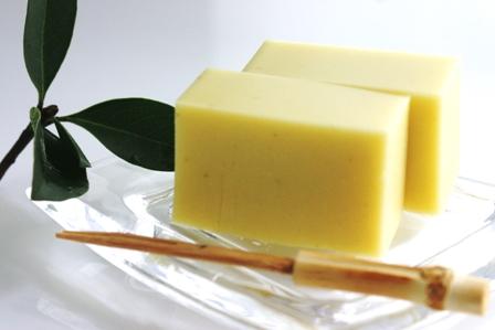 【芋羊羹】の基本レシピから、一風変わったアレンジレシピまでご紹介のサムネイル画像