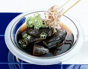ひんやりもアツアツも美味しい♪「なすの煮物」レシピおすすめ5選のサムネイル画像