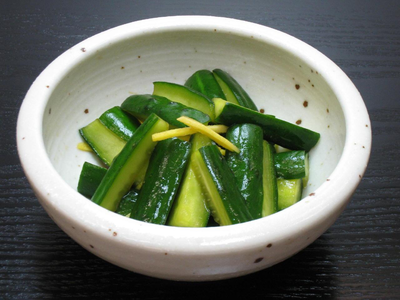 簡単!きゅうりの浅漬けレシピ5選 さっぱり常備菜で弁当おつまみものサムネイル画像