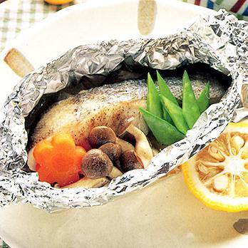 いろいろな具材を一緒に食べれる!たらのホイル焼きレシピ5選のサムネイル画像