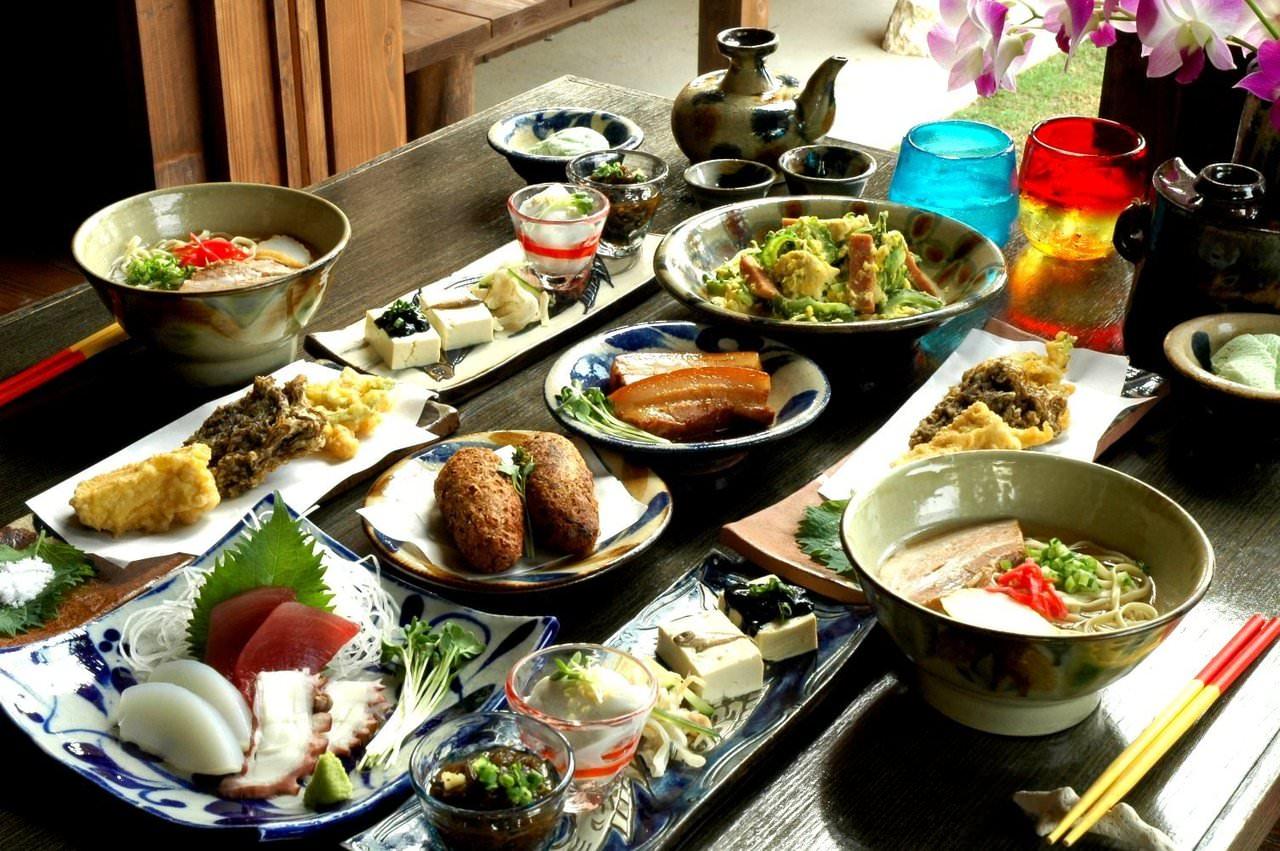 これぞ沖縄の味!お酒もすすむよ♡沖縄郷土料理を作ってみよう!のサムネイル画像
