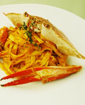 蟹の濃厚な旨みがぎゅっと詰まった美味しいワタリガニのレシピ5選のサムネイル画像