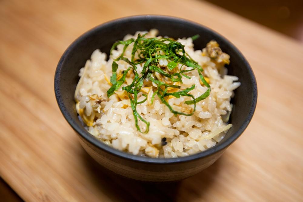 優しいお味でほっこり♡生姜を使った炊き込みご飯レシピをご紹介!のサムネイル画像
