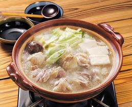 博多に行けなくても家庭で水炊きは作れます!おすすめレシピ5選!のサムネイル画像