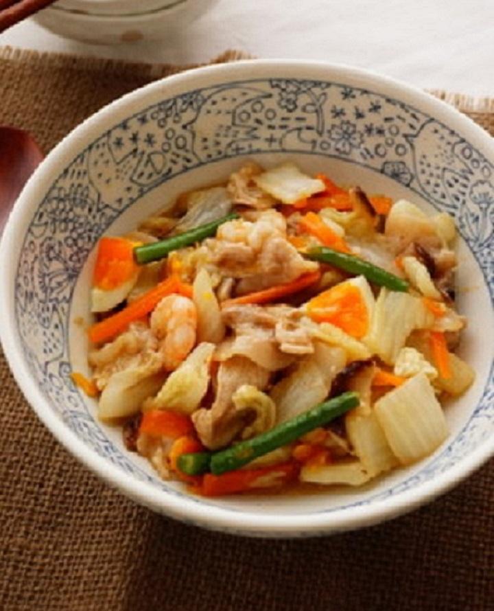 今晩は中華だ!献立はこれで決まり!手早く食卓へ!八宝菜レシピのサムネイル画像