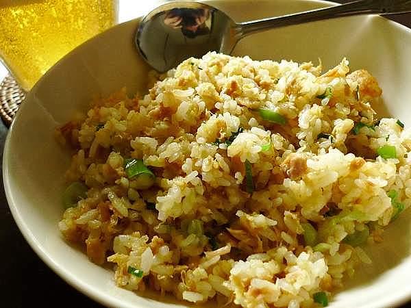 文句なしの美味しさ!簡単にできる、ツナチャーハン人気レシピ5選!のサムネイル画像