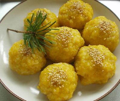 もち米を炊飯器で炊く場合のポイントと炊飯器で出来るもち米レシピのサムネイル画像