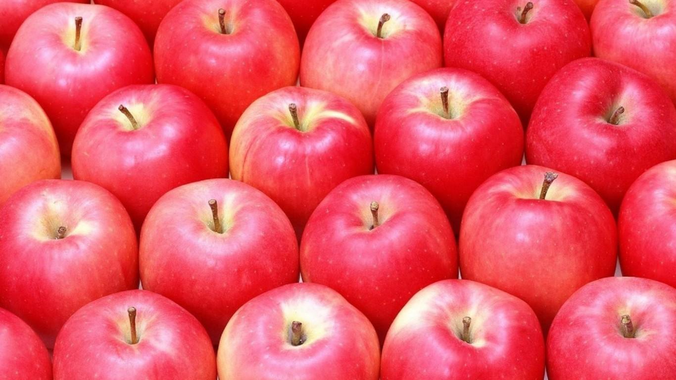 すっきり甘さがたまらない!人気のりんごレシピをまとめました!のサムネイル画像