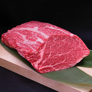 肉の塊!どう使うか迷ったときに必見です。牛肉ブロックのレシピ集のサムネイル画像