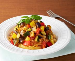 夏野菜をたっぷり食べよう!ラタトゥイユをパスタにリメイクレシピのサムネイル画像