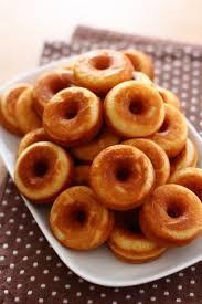 ホットケーキミックスで作れる美味しいドーナツ☆人気レシピ5選!のサムネイル画像
