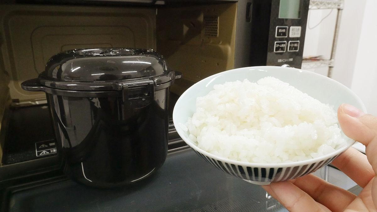 電子レンジを使って手軽に美味しくご飯が炊ける!その方法は?のサムネイル画像