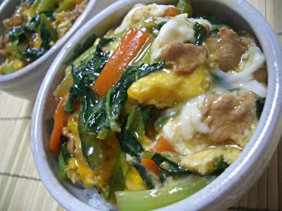 栄養満点!小松菜と豚肉と卵を使ったお手軽に作れるレシピ5選のサムネイル画像