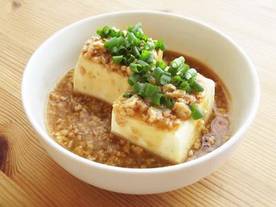 とりひき肉と豆腐を使ったおいしい料理をご紹介いたします!のサムネイル画像