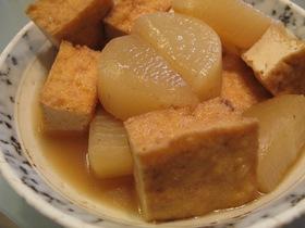 作り方はとっても簡単!心も体も温まる♪大根と厚揚げの煮物レシピ!のサムネイル画像