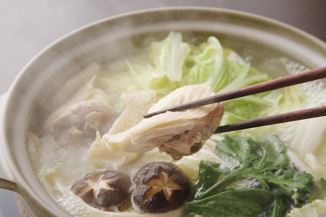 寒くなってきたら簡単に鍋をしよう!美味しい水炊きのレシピ♪のサムネイル画像