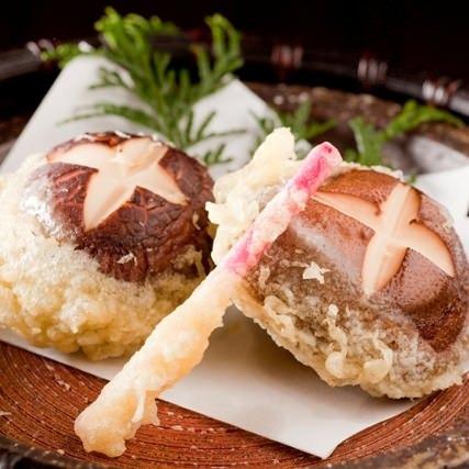 衣はサックサク♪しいたけはジューシーな美味しい天ぷらレシピのサムネイル画像