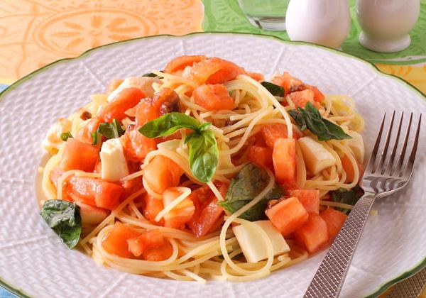 さっぱり美味しい!トマトの絶品冷製パスタのおすすめレシピ集♪のサムネイル画像