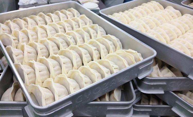 いつでも餃子を楽しめちゃう♪餃子の冷凍方法&絶品餃子レシピ!のサムネイル画像