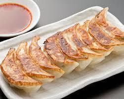 冷凍保存した餃子の美味しい焼き方、教えます!羽根つき餃子も♡のサムネイル画像