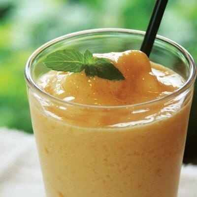 贅沢な甘さが後をひく!メロンのフレッシュジュースの作り方5選のサムネイル画像