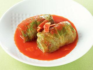 冬の定番、トマト味のロールキャベツの美味しいレシピ大公開!のサムネイル画像