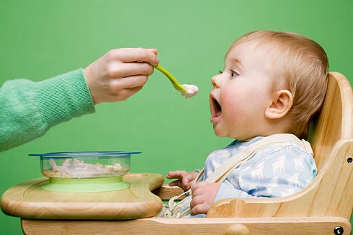 小松菜っていつから食べられる?!小松菜を使った離乳食レシピも!!のサムネイル画像