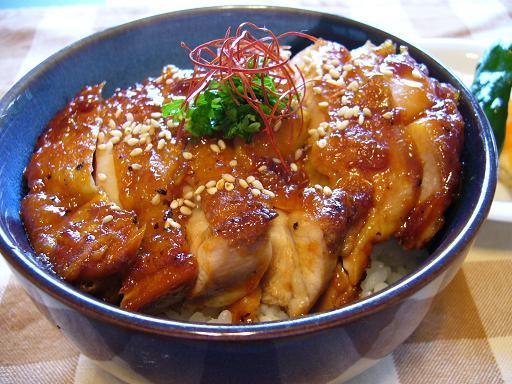 美容と健康に嬉しい鶏肉de丼を作ろう♡簡単!激ウマ!簡単レシピ♪のサムネイル画像
