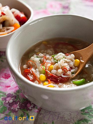 ご飯をお腹いっぱい食べてもダイエット効果抜群☆栄養満点の雑炊♪のサムネイル画像